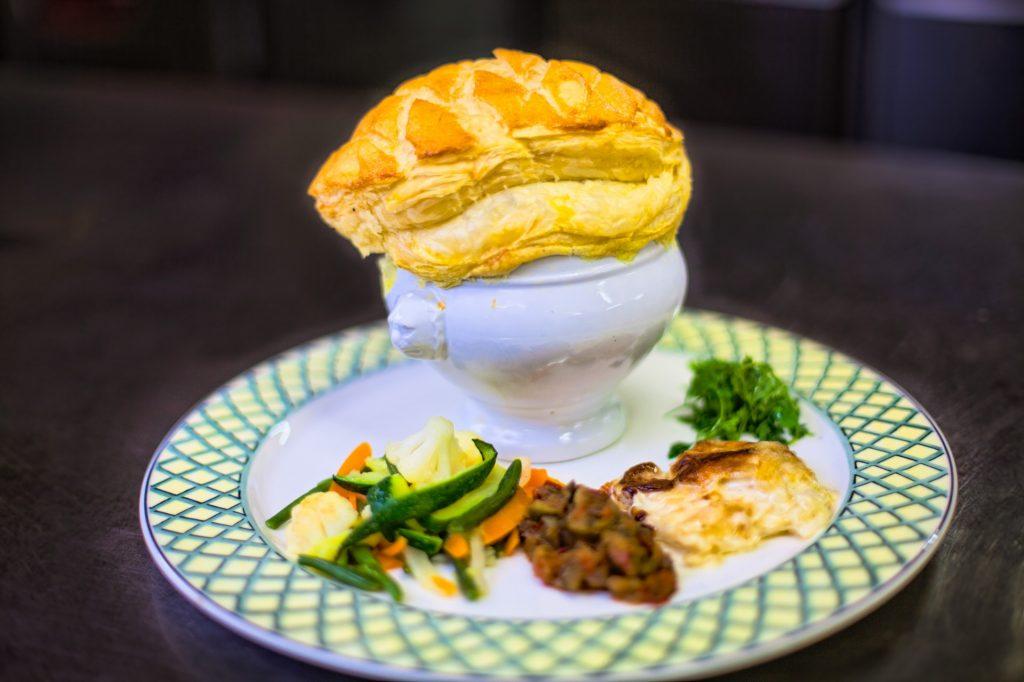 mongolfier terre et mer dés de foie gras IGP, homard