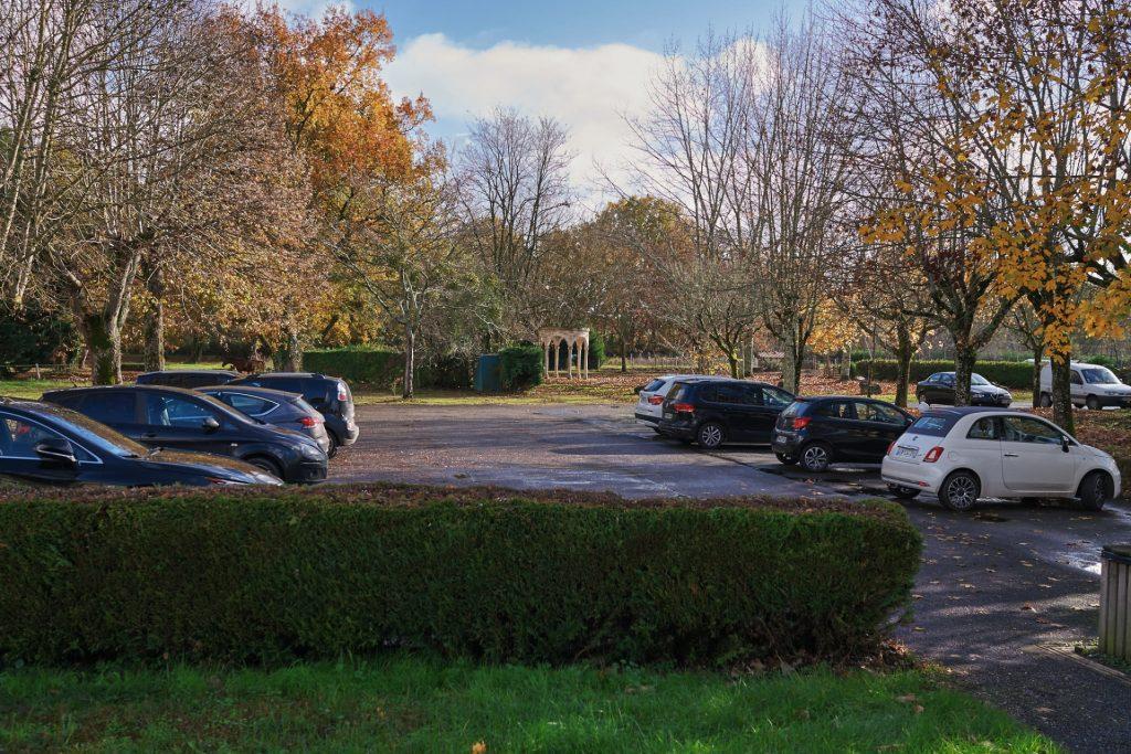 grand parking ombragé hôtel restaurant la flambée à bergerac