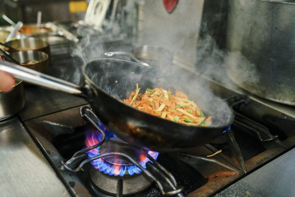 cuisine traditionnelle française sauté de légumes de saisons La Flambée Bergerac